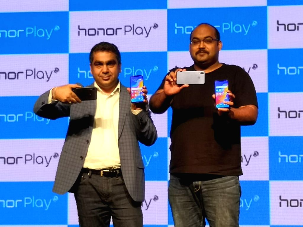 Huawei Consumer Business Chief Marketing Officer Suhail Tariq and Huawei India-Consumer Business Group Sales Vice President P Sanjeev at the launch of Honor Play smartphone, in New Delhi, ...