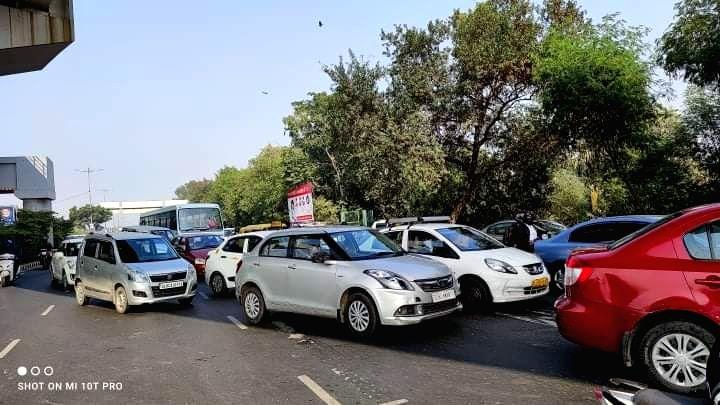 Huge traffic jam near akshardham