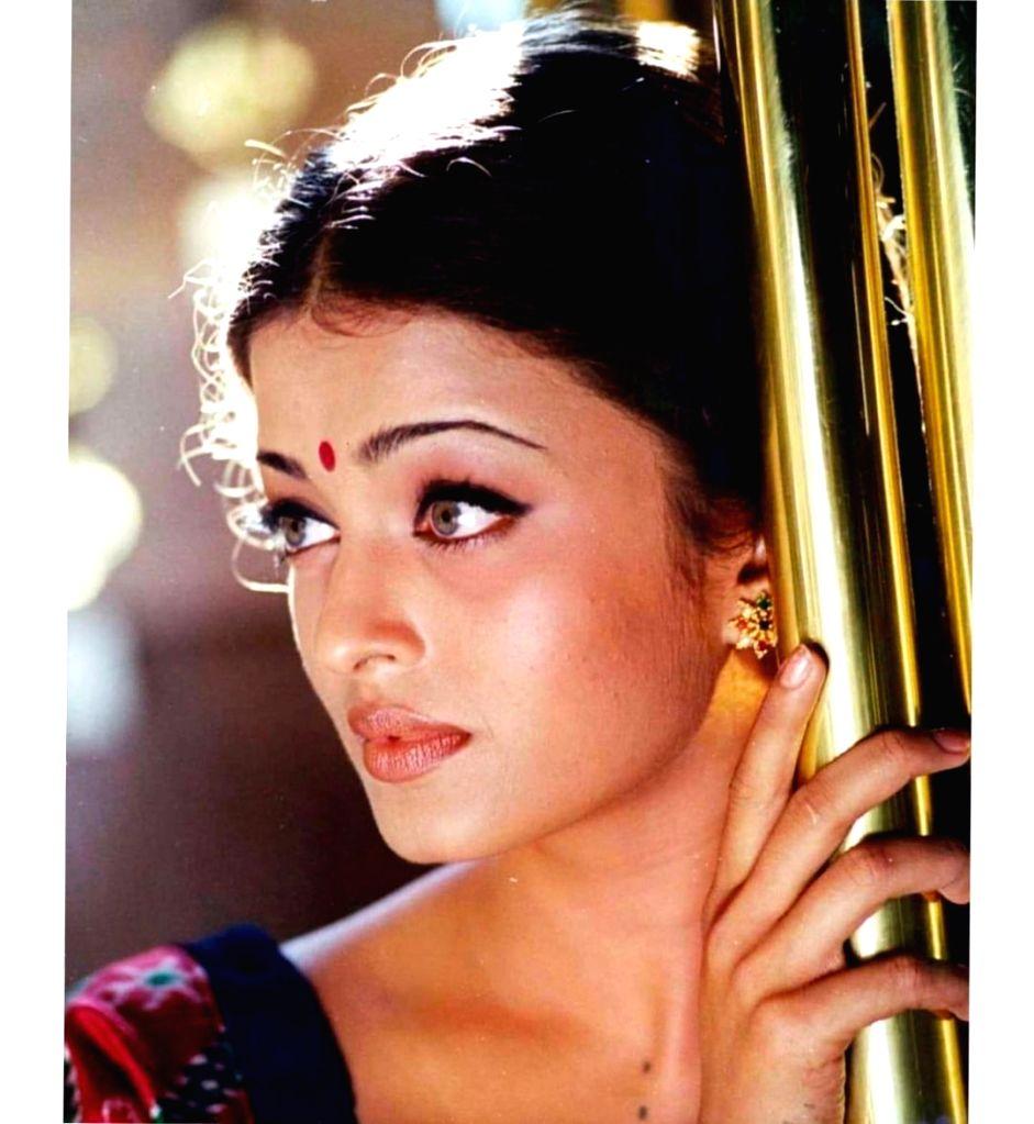 Hum Dil De Chuke Sanam turns 22: Aishwarya calls film evergreen.