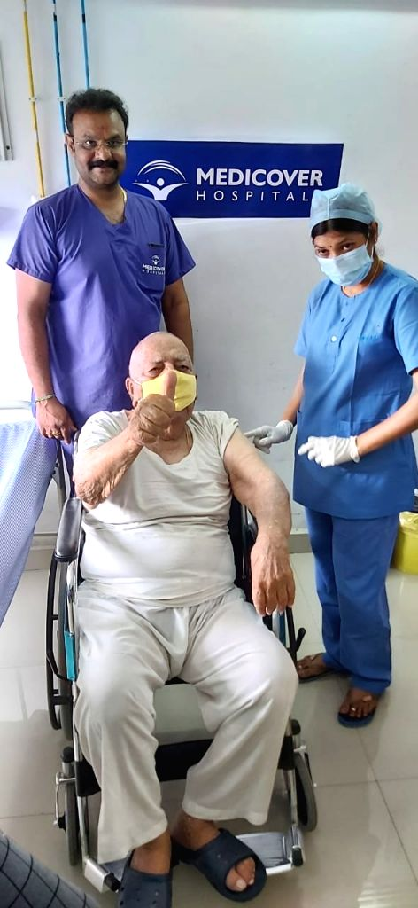 Hyderabad: 100-year-old takes Covid vaccine.