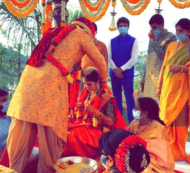 Hyderabad: Actor Nikhil Siddhartha ties the knot with Pallavi Varma in a close-knit ceremony in the presence of family members and close friends at a private resort near Hyderabad during the extended nationwide lockdown imposed to mitigate the spread - Nikhil Siddhartha