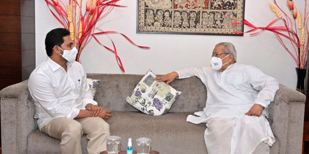 Hyderabad :  Andhra Pradesh CM YS Jaganmohan Reddy meet Governor of Andhra Pradesh Biswabhusan Harichandan on a courtesy visit at Raj Bhavan  in Hyderabad on Monday 14 June 2021. - Jaganmohan Reddy