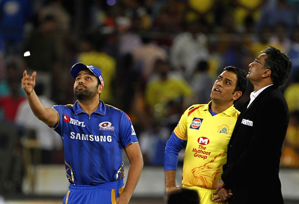 Hyderabad: Chennai Super Kings' skipper MS Dhoni and Mumbai Indians' skipper Rohit Sharma during the toss ahead of the Final match of IPL 2019 between Chennai Super Kings and Mumbai Indians at Rajiv Gandhi International Stadium in Hyderabad, on May 1 - MS Dhoni, Rohit Sharma and Surjeet Yadav