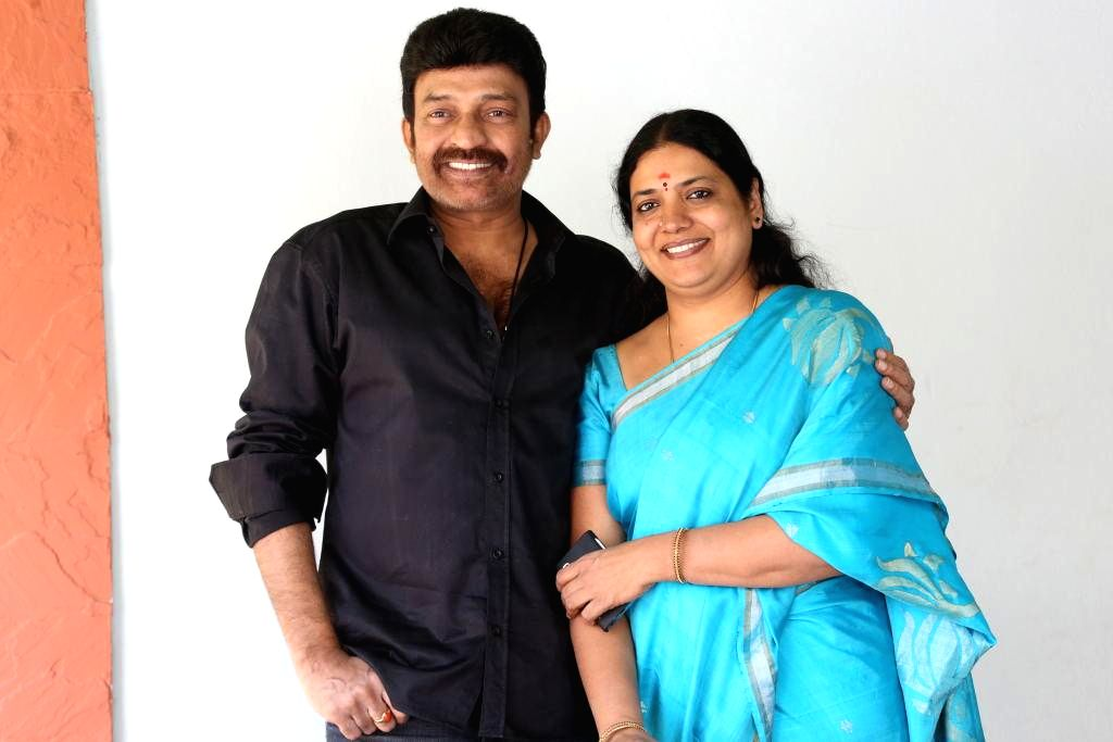 Dr.Rajasekhar and jeevitha Press Meet About New Film Launching Raja Shekar Jeevitha.