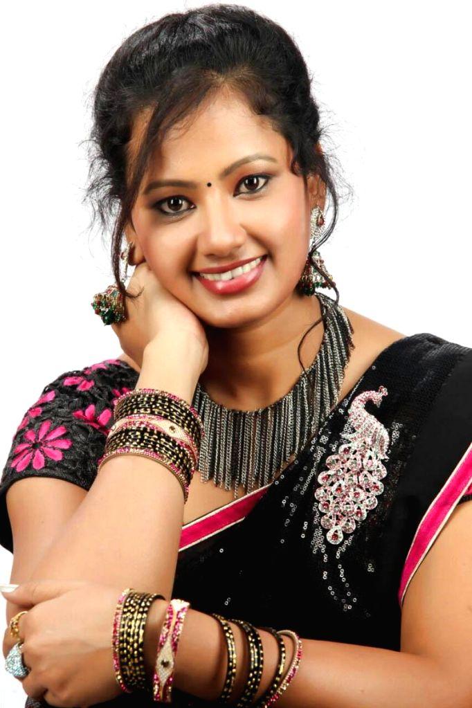 Eeetharam vandematharam movie stills