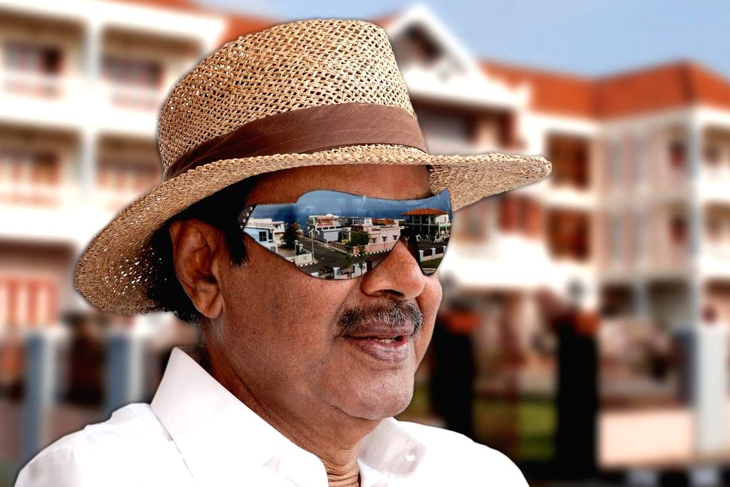 Film producer Daggubati Ramanaidu passes away. (File Photo: IANS)