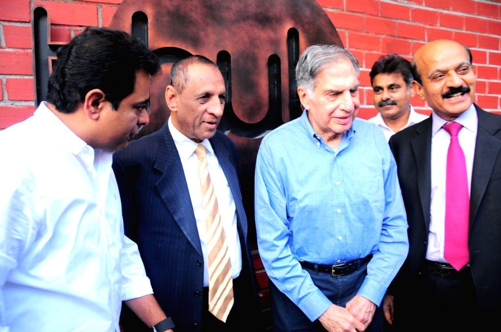 :Hyderabad: Governor of Telangana and Andhra Pradesh, E.S.L. Narasimhan and Tata group Chairman Emeritus Ratan Tata at International Institute of Information Technology in Hyderabad on Nov. 5, ...