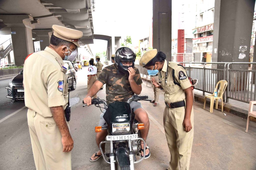 Hyderabad : Hyderabad police  booked several motorists on charges of violating the COVID-19 lockdown rules and warned them against travelling unnecessarily on Sunday, 16 May, 2021.