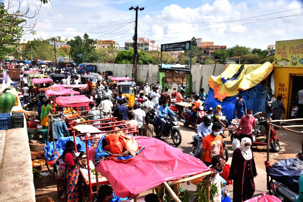 Hyderabad : lockdown Relaxing time heavy rush at Fish fruits and chicken  markets on Sunday, 16 May, 2021.