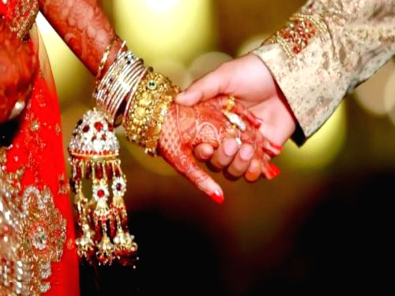 Hyderabad, May 8 (IANS) Depressed over the postponement of their marriage due to the ongoing lockdown, a couple in Telangana's Adilabad district committed suicide on Friday, police said.
