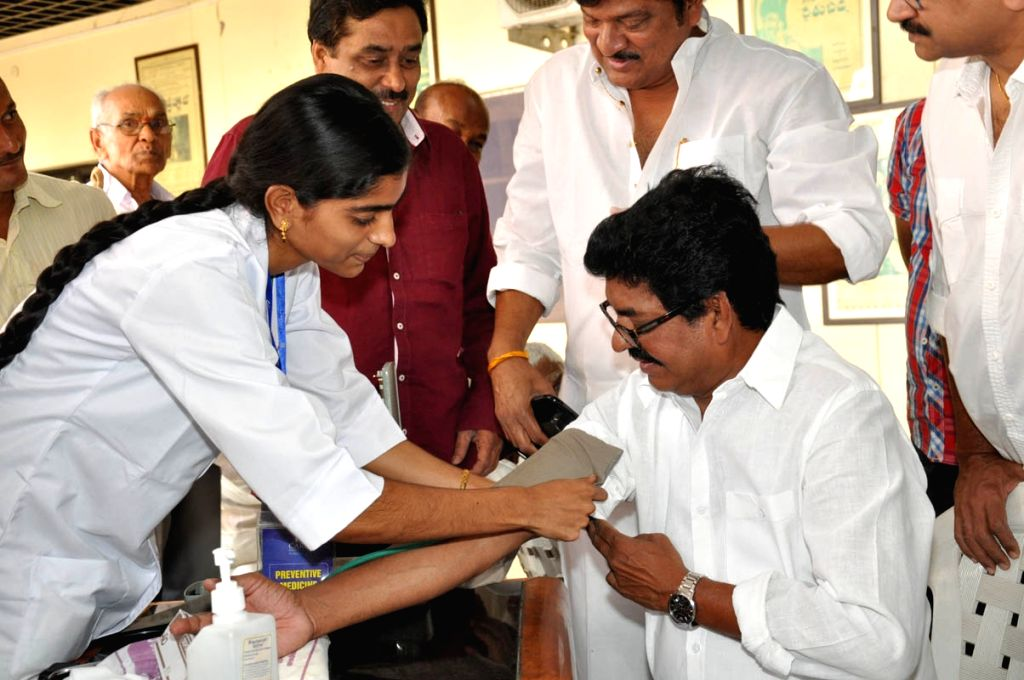 Movie Artists Association (MAA) arranged free Medica Camp today (1st May) at Film Chamber Hall in Hyderabad.