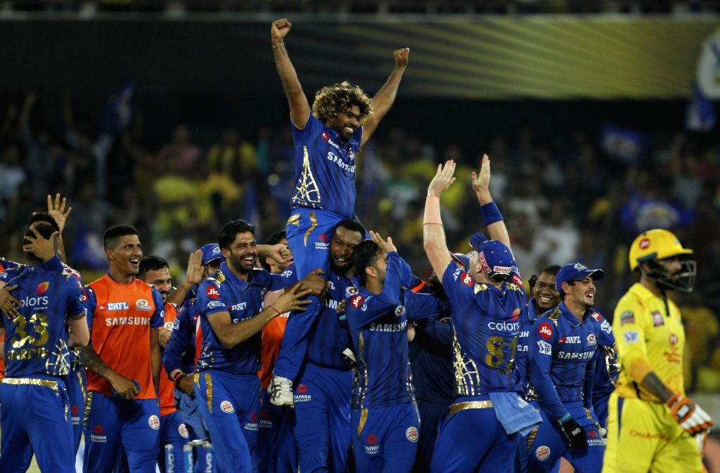 Hyderabad: Mumbai Indians' celebrate after winning the Final match of IPL 2019 against Chennai Super Kings at Rajiv Gandhi International Stadium in Hyderabad, on May 12, 2019. Mumbai Indians won by 1 run. (Photo: Surjeet Yadav/IANS) - Surjeet Yadav