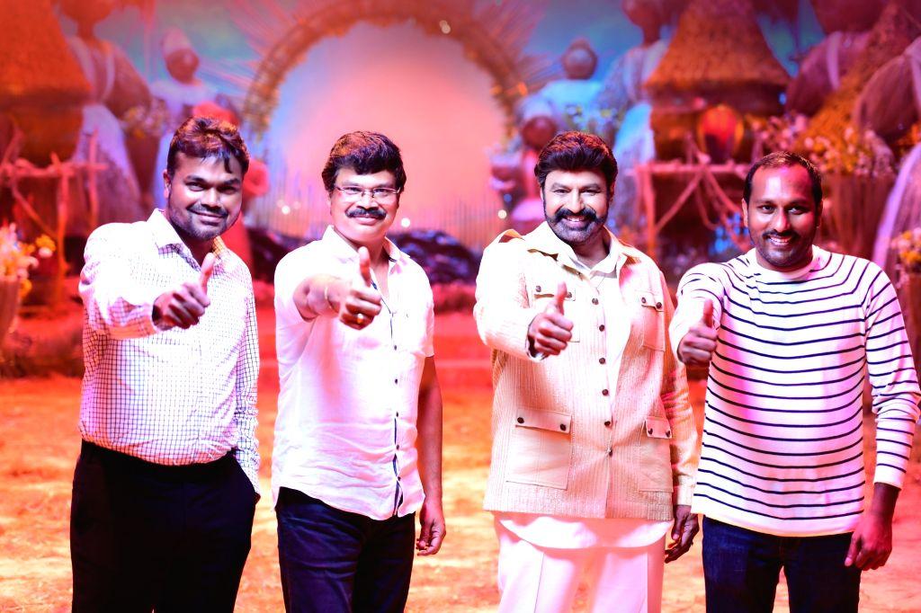 Hyderabad: Nandamuri Balakrishna, Boyapati Srinu, Dwaraka Creations' Akhanda Shooting Wrapped Up(Photo: Ramana M/IANS)