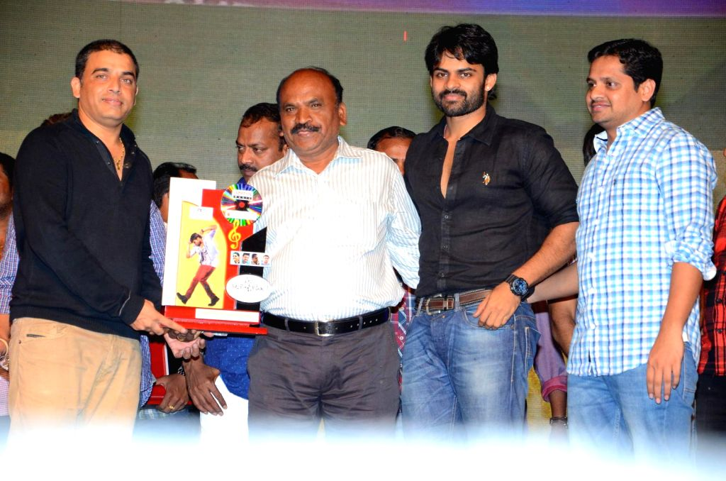 Pilla Nuvvuleni Jeevitam audio success meet held at Vijayawada on Nov 12, 2014.