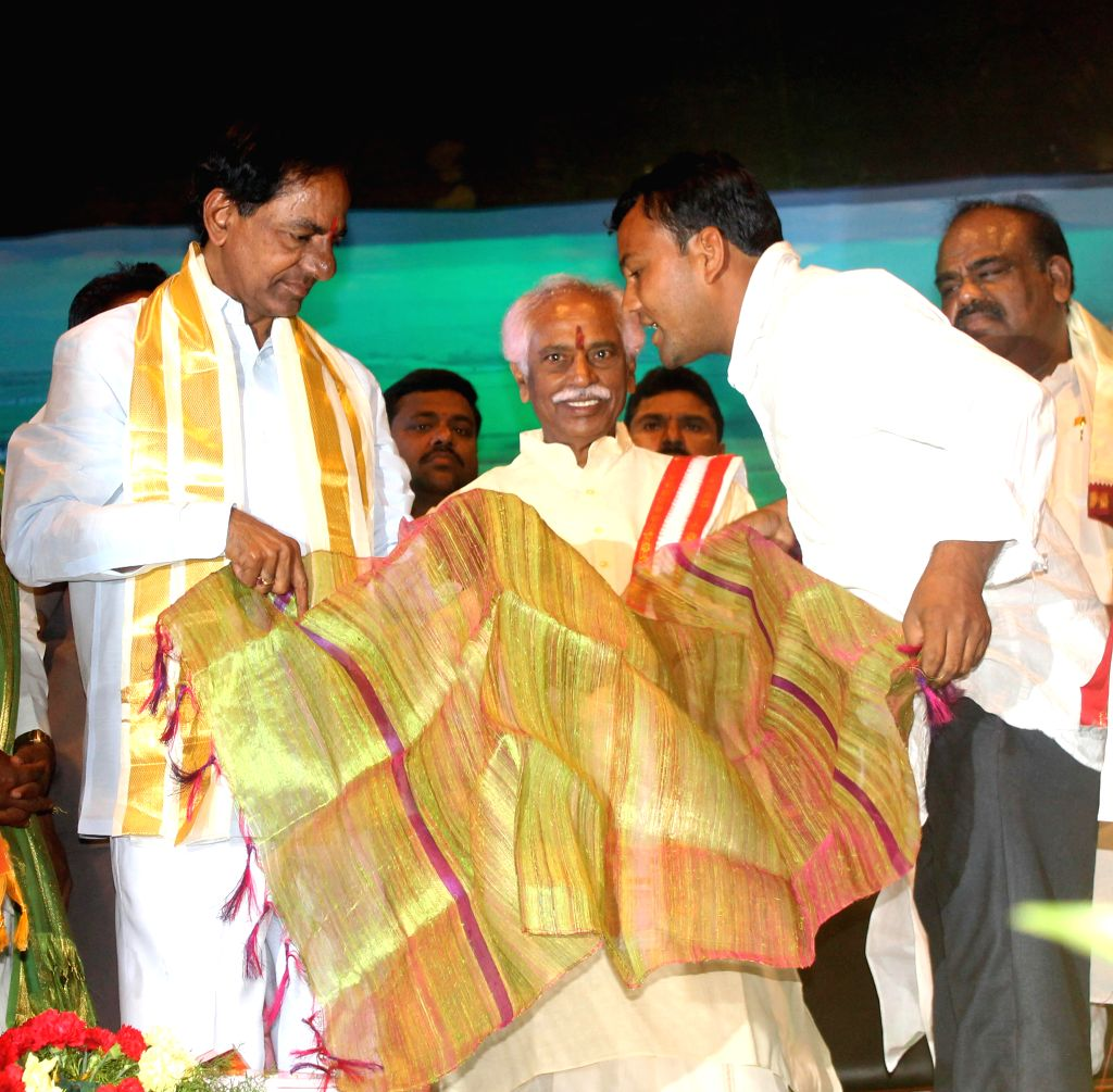 Telangana Chief Minister K Chandrasekhar Rao during a programme organised to celebrate Ugadi in Hyderabad on March 21, 2015. - K Chandrasekhar Rao