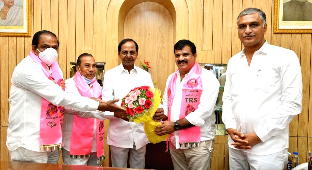 Hyderabad : The district legislators thanked the state chief minister K. Chandrashekar Rao for approving Sangameshwar Basaveshwar and giving him administrative permission in Hyderabad on ... - K. Chandrashekar Rao