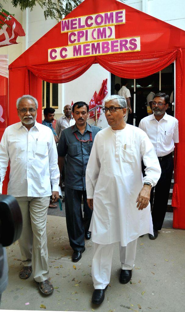 Tripura Chief Minister Manik Sarkar during a CPI(M) programme in Hyderabad, on Jan 20, 2015. - Manik Sarkar