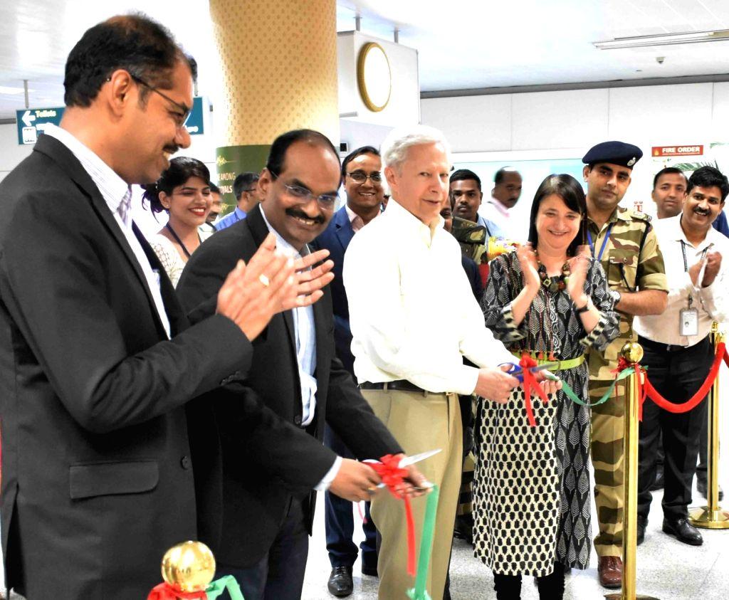 Hyderabad: US Ambassador to India Kenneth I. Juster visits Charminar in Hyderabad on Feb 21, 2019. (Photo: IANS)