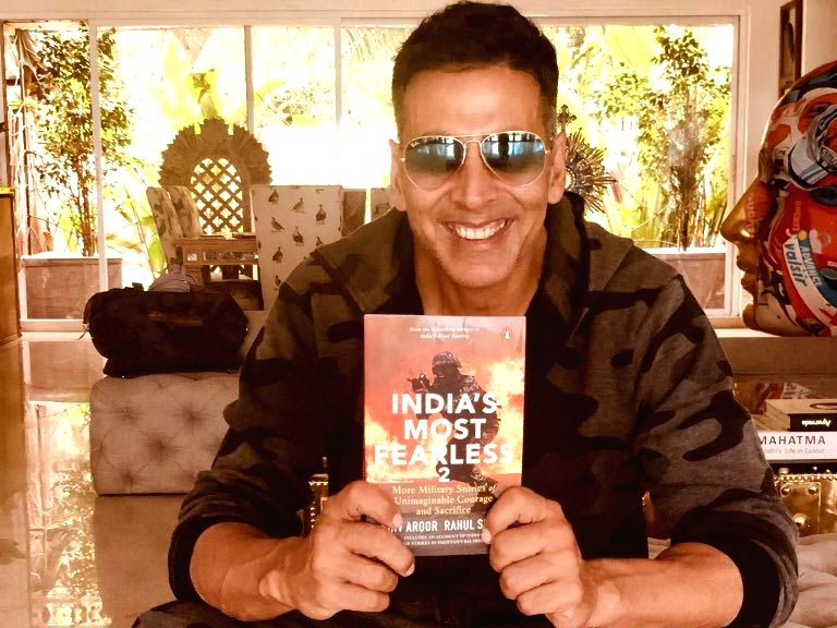 I'm not much into books, but today as we pay tribute to our brave martyrs on 20yrs of #KargilVijayDiwas, I've picked up #IndiasMostFearless 2 by @ShivAroor & @rahulsinghx. May we never forget our soldiers whose courage and heroism lets us