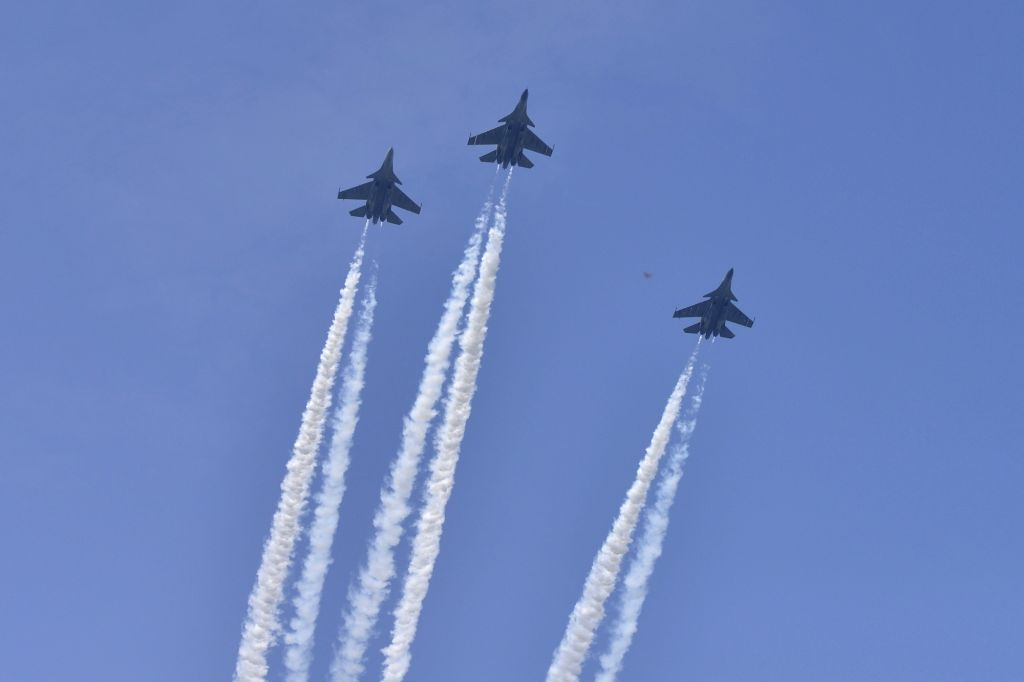 """IAF's Sukhoi-30 fighters in the """"missing man"""" formation during the state funeral of Marshal of the Indian Air Force (IAF) Arjan Singh at Brar Square in New Delhi on Sept 18, ... - Arjan Singh"""