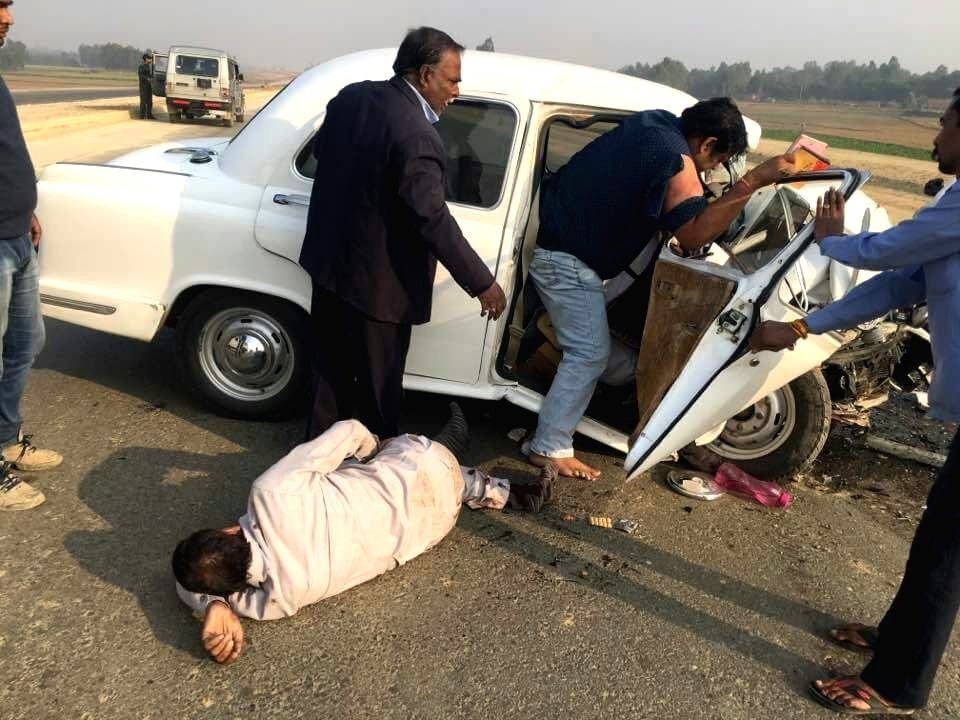 IANS correspondent Mohit Dubey, who was travelling with Principal secretary of Uttar Pradesh's information department Navneet Sehgal sustained severe injuries after the car they were ...