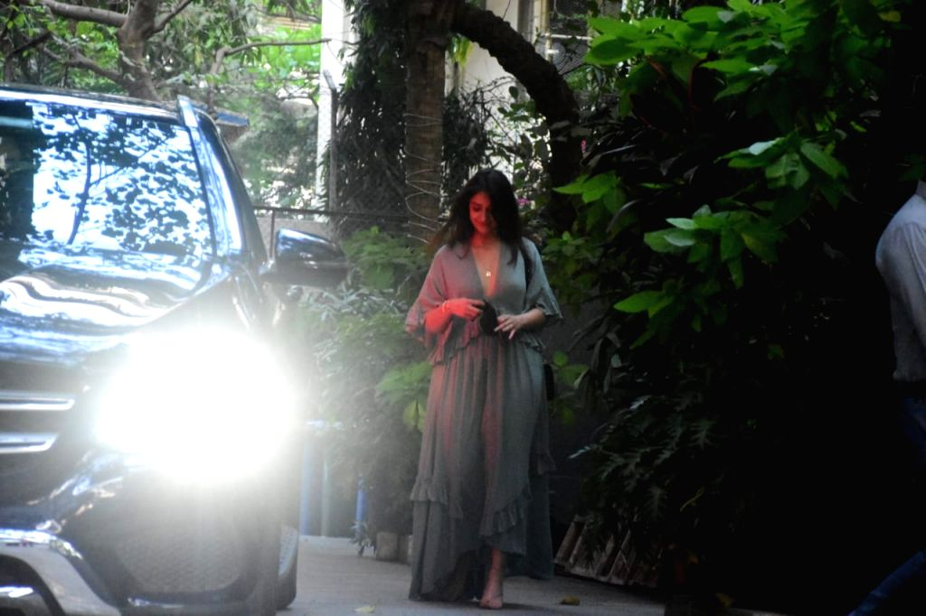 Ileana D'Cruz spotted outside maddock office at santacruz on Thursday 04th March, 2021. - Ileana D'Cruz
