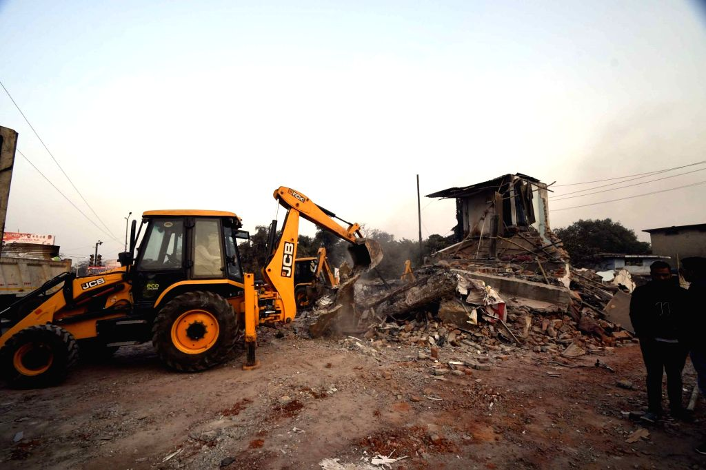Illegal structures being demolished during an anti-encroachment drive in Patna, on Feb 1, 2019.