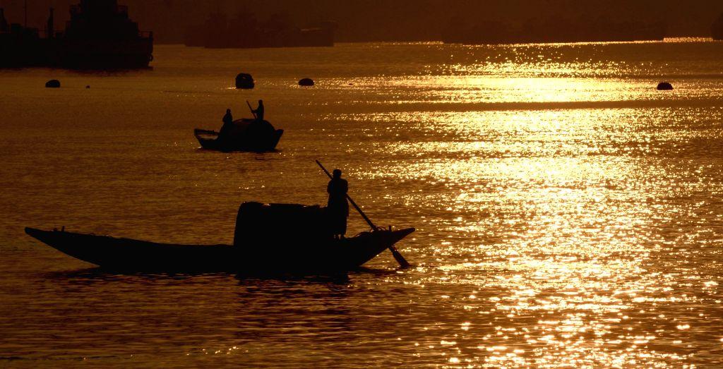 IMD issues advisory to fishermen over rough Arabian sea