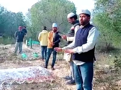 In one of the strangest forms of protest against the Citizenship Amendment Act (CAA), Congress leader Haseeb Ahmad went to a local graveyard in Prayagraj and prayed to his ancestors buried there.