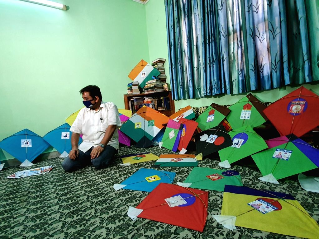 Independence Day: Corona will fly with kites in the air, flying kites will pave ways for coping with the disease.