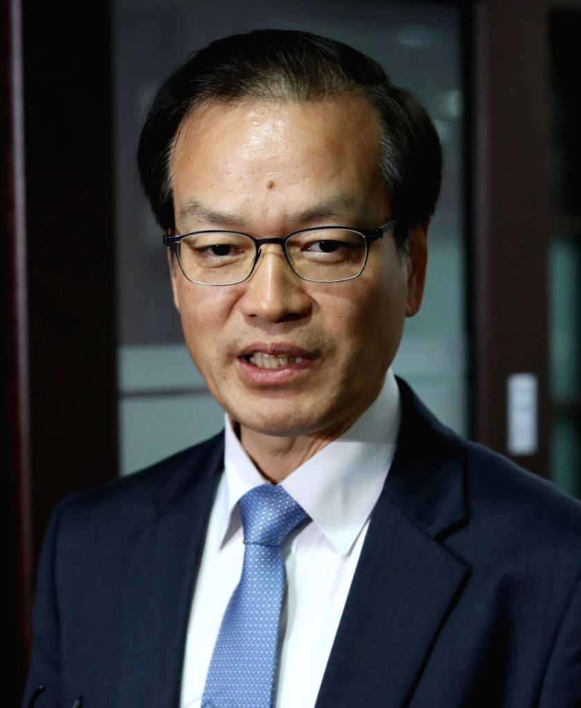 Independent Counsel Huh Ik-bum answers reporters' questions at his office in southern Seoul on June 11, 2018, on a probe into an opinion rigging scandal involving some aides to President Moon ...