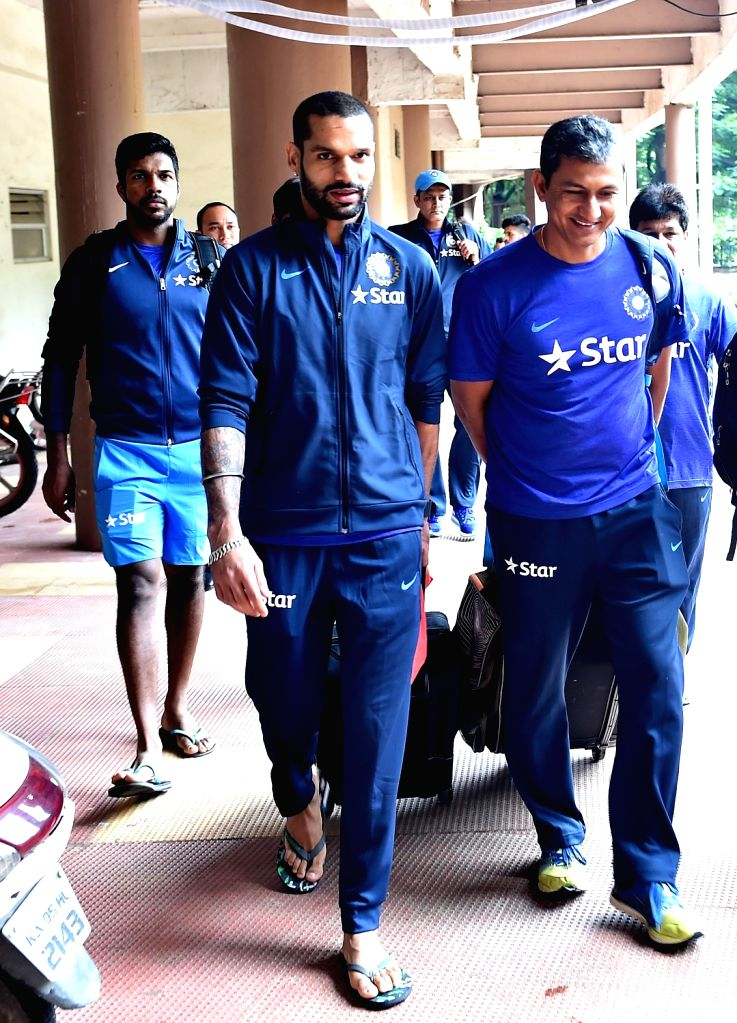 India cricket team head coach Anil Kumble, batting coach Sanjay Bangar, Shikhar Dhawan and Umesh Yadav during the team preparatory camp before its tour to West Indies at Chinnaswamy ... - Shikhar Dhawan and Umesh Yadav