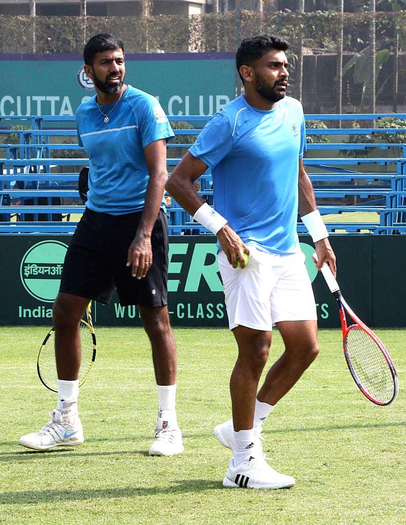 India's Divij Sharan and Rohan Bopanna during a practice session ahead of Davis Cup in Kolkata on Jan 31, 2019. - Rohan Bopanna