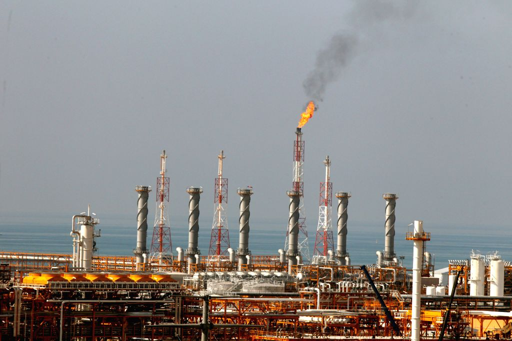 India's Petronet inks MoU with Tellurian for 5 MTPA LNG. (Xinhua/Ahmad Halabisaz/IANS)