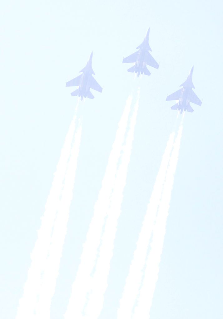 Indian Air Force planes fly past India Gate during 72nd Republic Day celebrations in New Delhi on Jan 26, 2021.