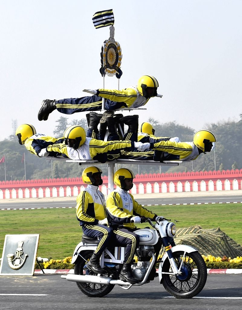 Indian Army soldiers from Daredevil group perform during Army Day celebrations in New Delhi on Jan 15, 2018.