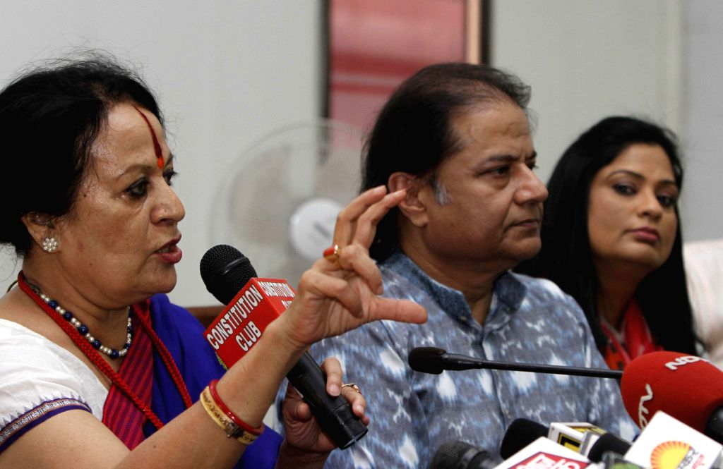 Indian classical dancer  Sonal Mansingh and singers Anup Jalota and Richa Sharma during an interactive session organised to express their support for BJP Prime Ministerial candidate and Gujarat Chief - Narendra Modi and Richa Sharma