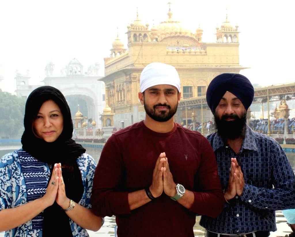Indian cricketer Karun Nair pays obeisance at the Golden Temple in Amritsar on Nov. 1, 2018.