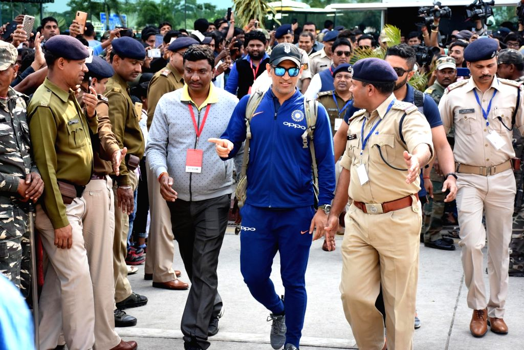 Indian cricketer MS Dhoni arrives in Ranchi ahead of the third ODI match against Australia that will be played on 8th March at JSCA International Stadium Complex, on March 6, 2019. - MS Dhoni