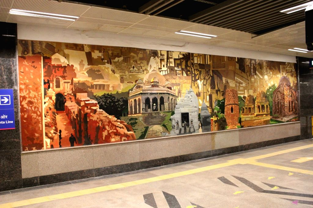 Indian heritage monuments find space at the Hauz Khas metro station, which receives high footfall every day. (Photo Credit: DMRC)