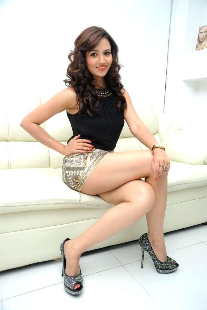 Indian model Preeti Rana during the photo shoot in Mumbai June 16, 2014.