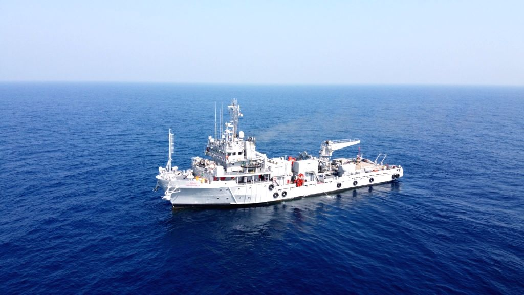 Indian Navy making efforts to locate missing fishermen at Mangalore sea coast Indian Navy ops to locate missing fishermen on, three bodies recovered