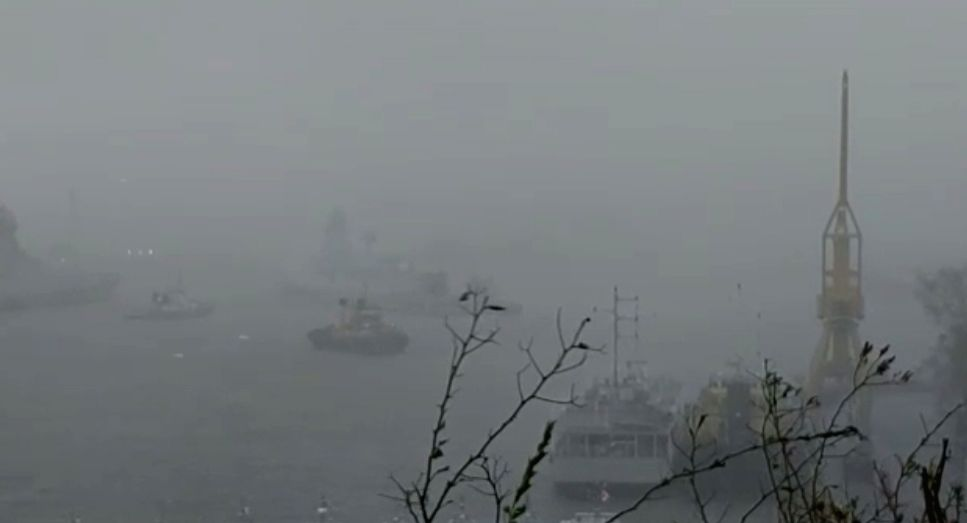 Indian Navy sends ships to rescue 273 people stranded near Bombay High.