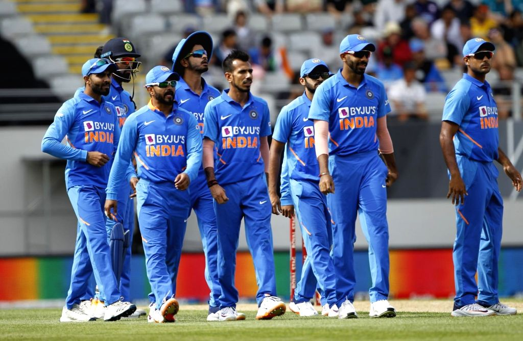 Indian players celebrate the wicket of  Henry Nicholls during the 2nd ODI of the three-match series between India and New Zealand at the Eden Park in Auckland,New Zealand on Feb 8, 2020.
