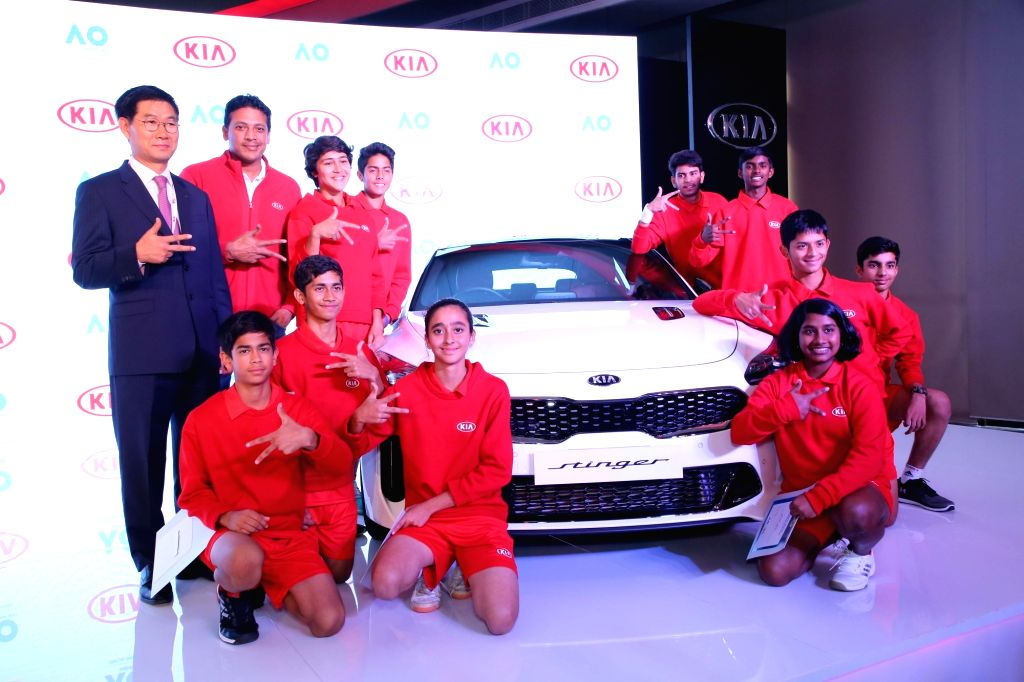 Indian tennis player Mahesh Bhupathi along with the ten kids from different parts of the country, including four girls, who have been selected to represent India as the Official Kia Ball ... - Mahesh Bhupathi, Sarthak Gandhi, Naman Mehta, Akshit Choudhary, Swati Malhotra and Ananya Singh
