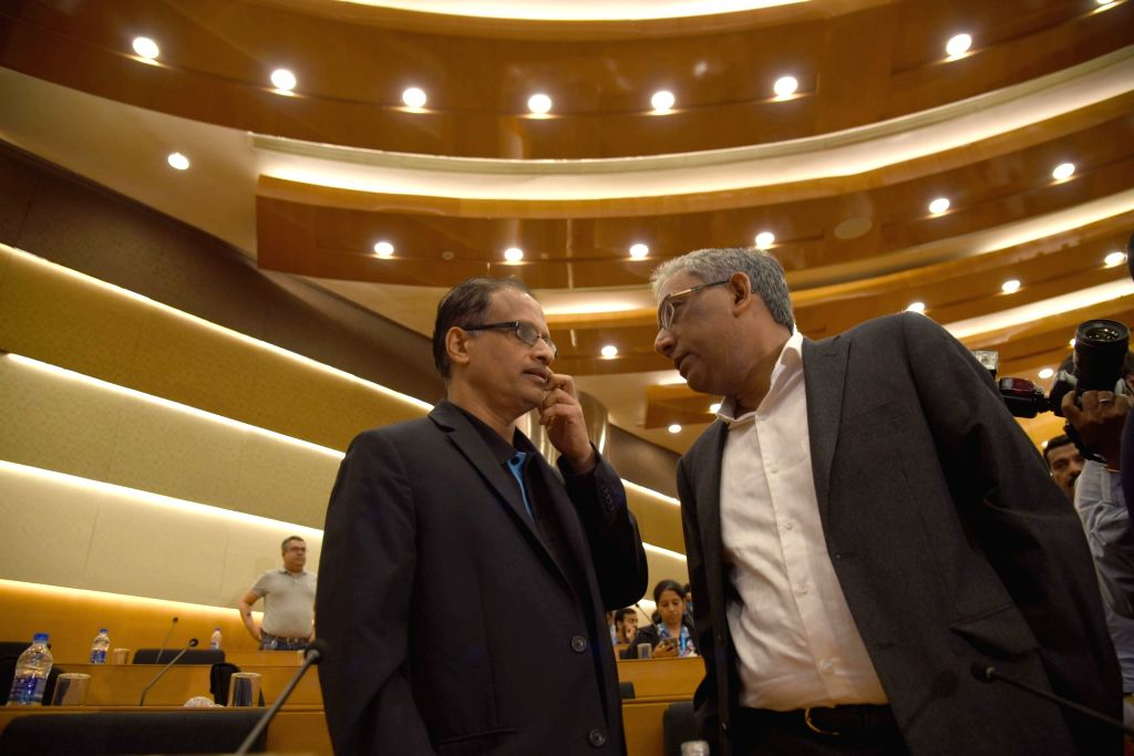 Infosys' newly appointed interim CEO U B Pravin Rao along with Infosys co-chairman Ravi Venkatesan during Infosys' press conference in Bengaluru on Aug 18, 2017.