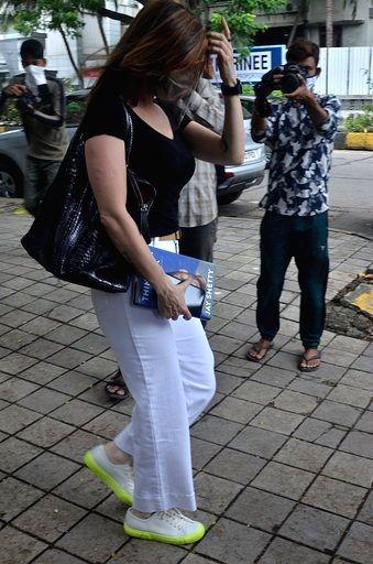 Interior Designer Sussanne Khan seen at Juhu in Mumbai on Sep 12, 2020. - Designer Sussanne Khan
