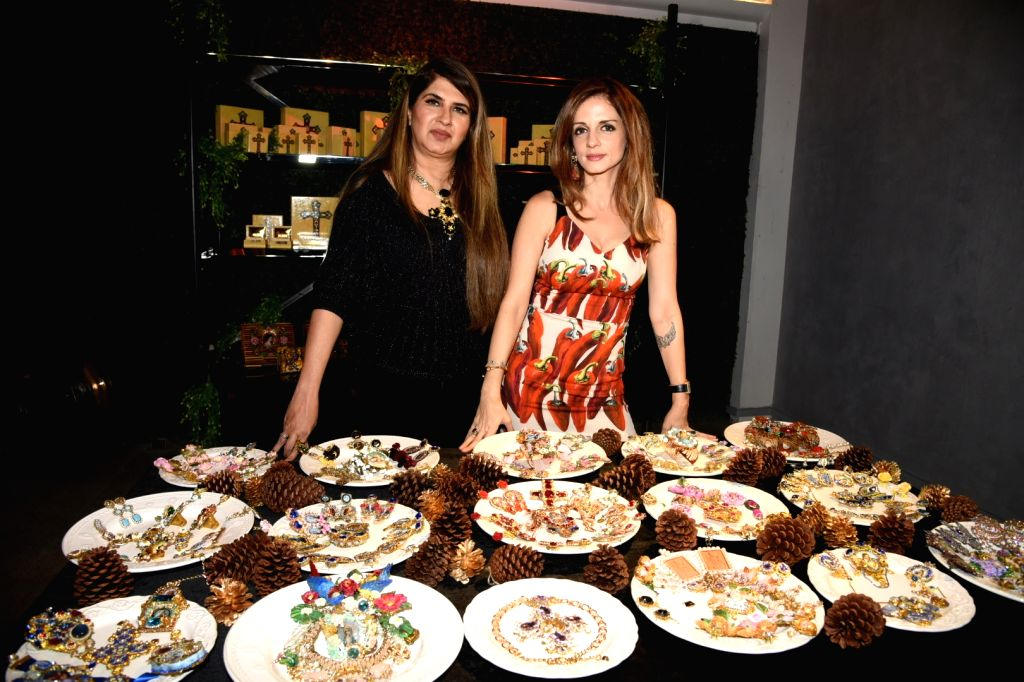 Interior designer Sussanne Khan unveils fashion designer Ana Singh's Christian art collection, in Mumbai on Dec 14, 2019. - Sussanne Khan and Singh