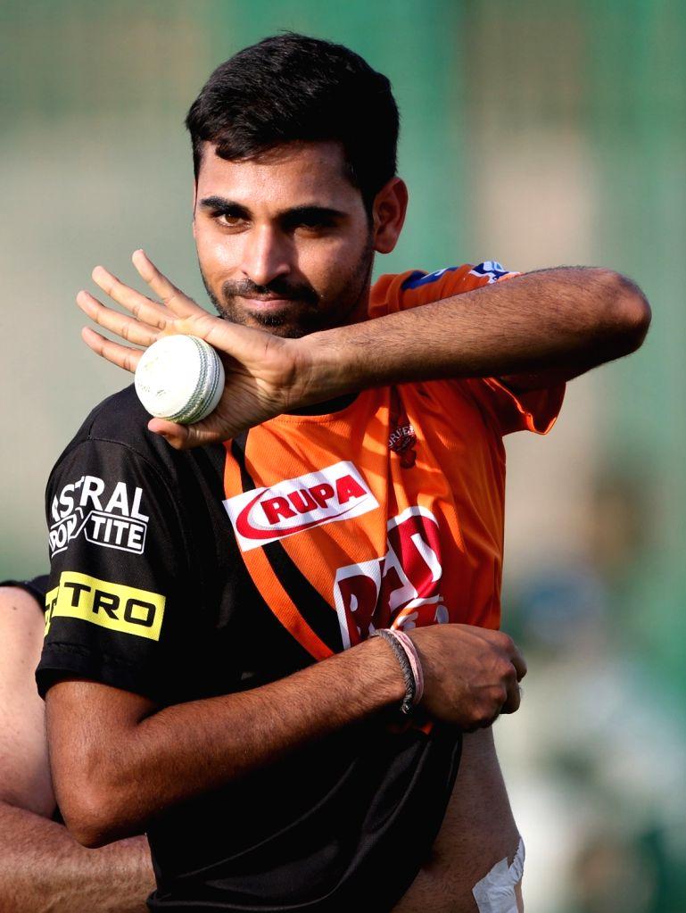IPL: No pressure of being senior SRH player, says Bhuvneshwar . (Photo: Surjeet Yadav/IANS) - Surjeet Yadav
