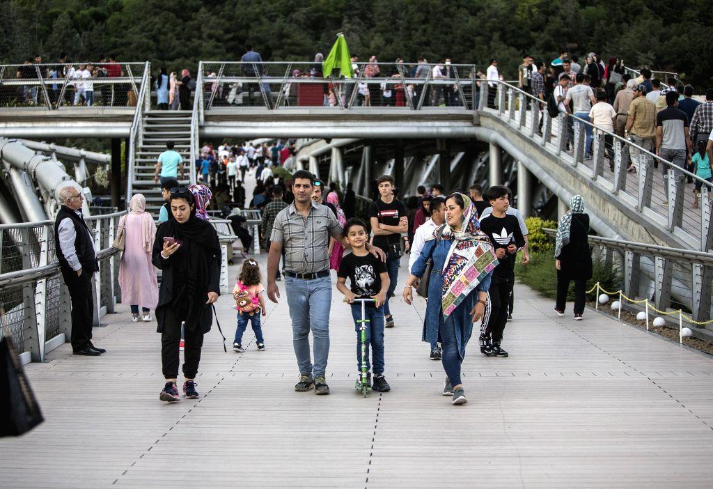 Iran restaurants, cafes reopen after 2 months